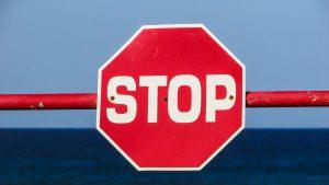 stop-1374937_1280
